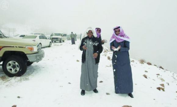 Salju di Tabuk Saudi Arabia. (arabnews)